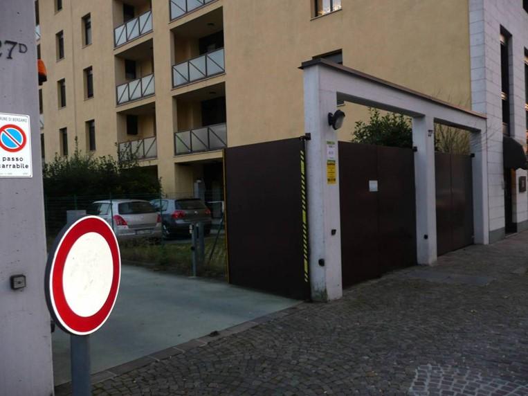garage corridoni